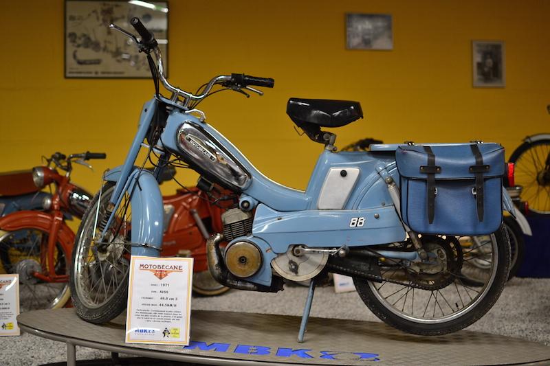 Musée motobécane à Saint-Quentin MBK bleue