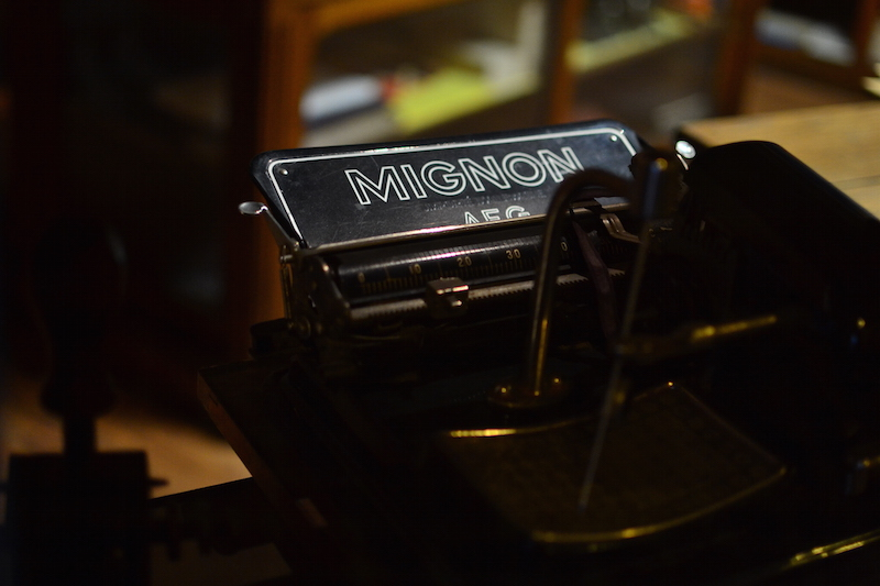 Musée motobécane à Saint-Quentin machine à écrire Mignon