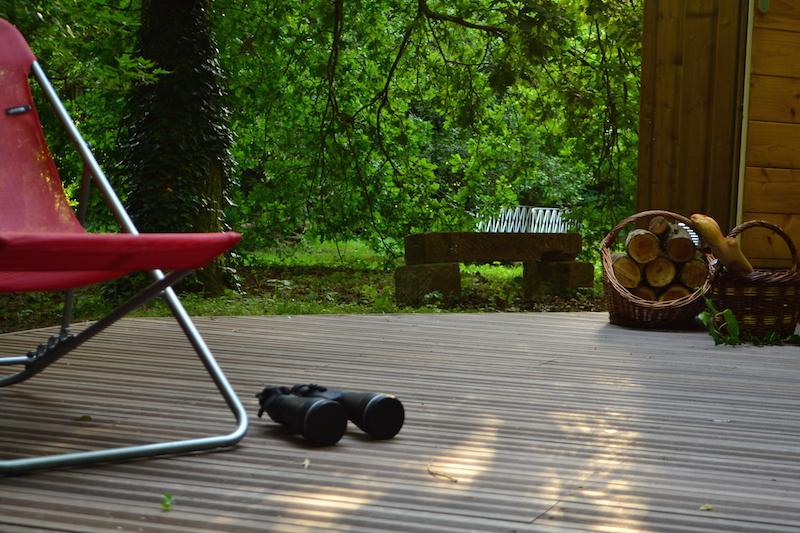 terrasse-detente-en-chaise-longue