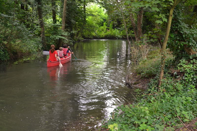 Balade-canoe-sejour-en-famille