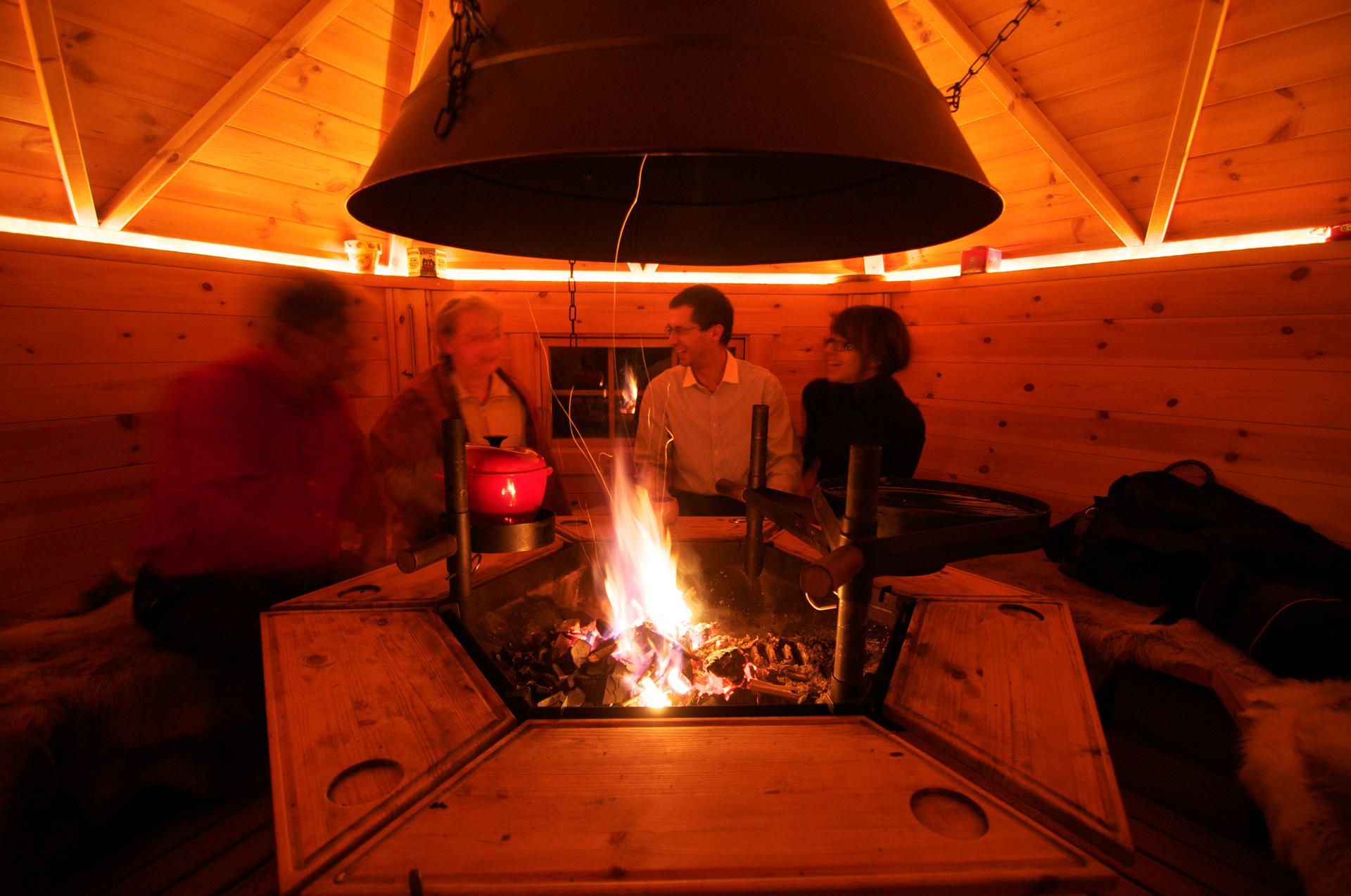 soiree-grillades-chalet-grill-finlandais