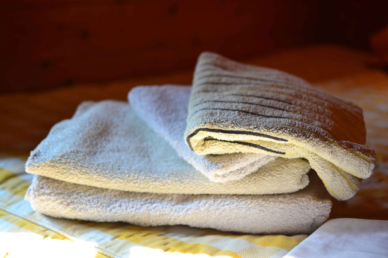maison-omignon-towels-furnished