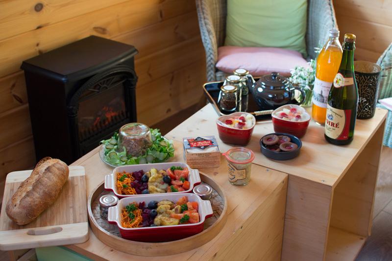 repas-en-amoureux-dans-la-cabane