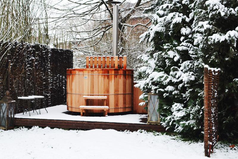 bain-nordique-sous-la-neige-weekend-romantique
