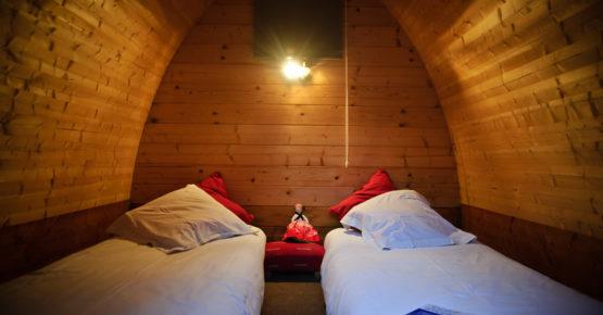 intérieur cabane pod hébergement insolite de La Maison de l'Omignon aisne