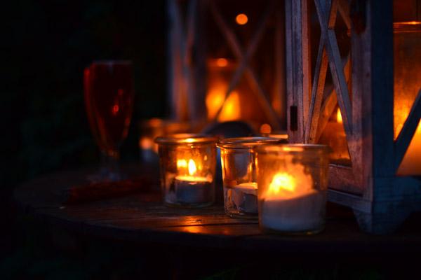 mode d'emploi hygge : allumer des bougies
