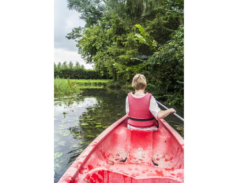 location de canoë pendant votre séjour insolite en picardie