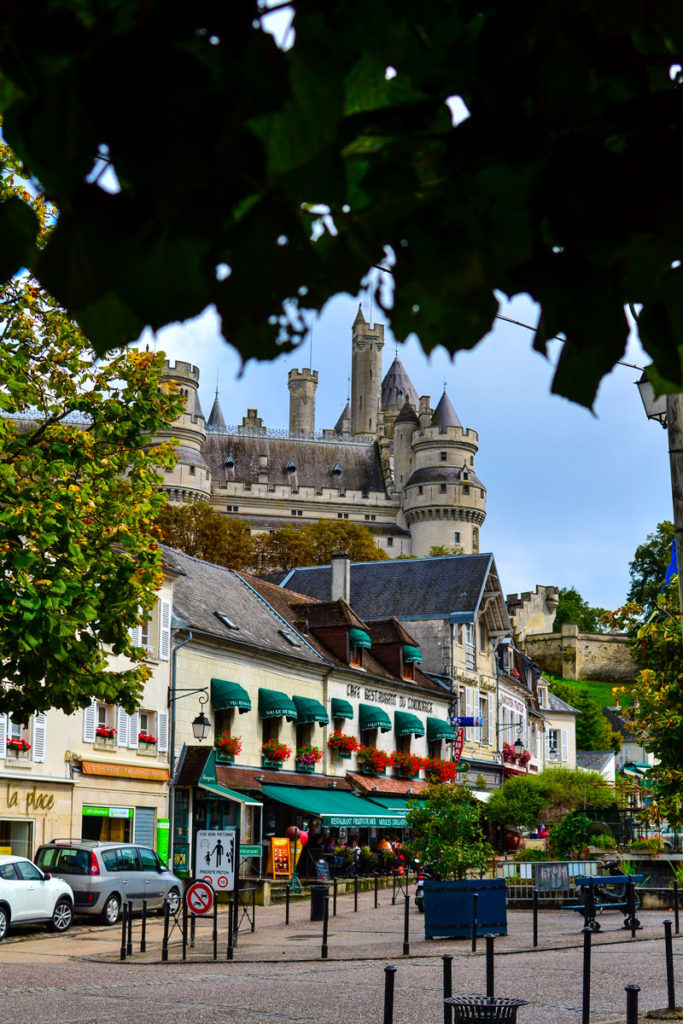 visite pierrefonds village hauts de france