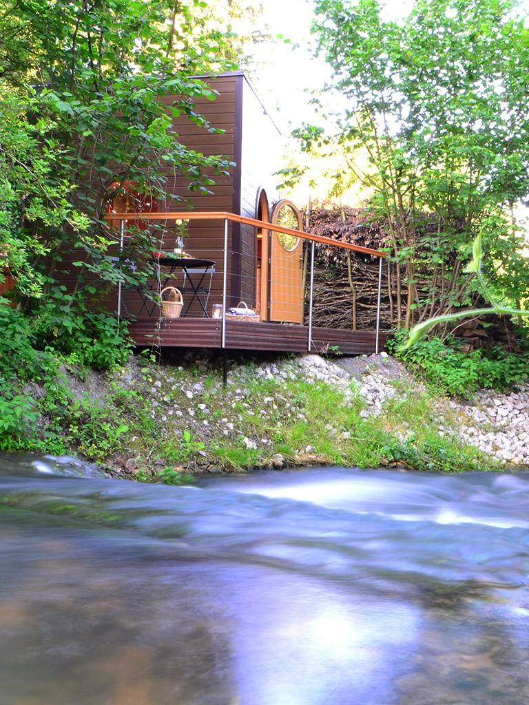 cabane-au-bord-de-l-eau-picardie